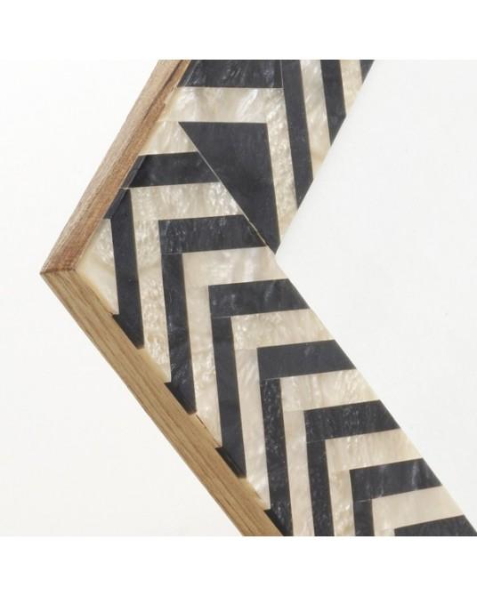 Tian Frame Bone B&W 13x18