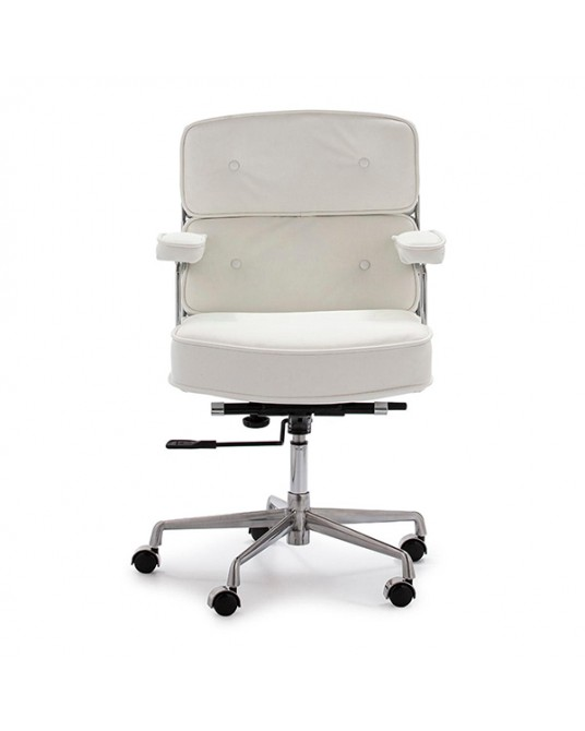 Chair Reyna White