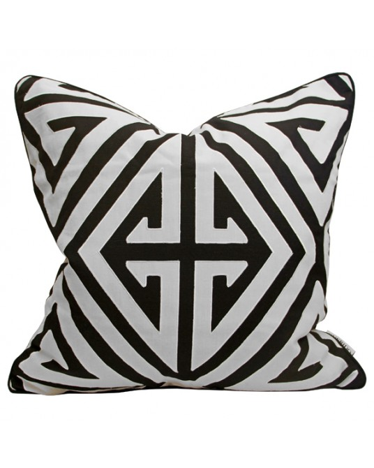 Pillow Demetrius Black